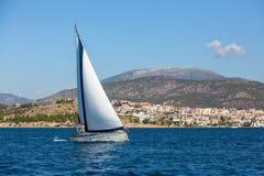 Luxusyachtboot an der Regatta Stockbilder