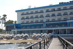 Luxutyhotel door het overzees in Cyprus Royalty-vrije Stock Foto's