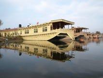 Luxuxkaschmir-Hausboot auf Dal See Lizenzfreie Stockfotos