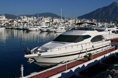 Luxuxyacht in Marbella stockfotos