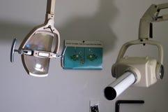 Luz abandonada do anfd do raio X do escritório dos dentistas fotografia de stock