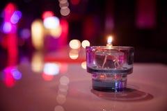 Luz ardente da vela em um vidro Foto de Stock Royalty Free