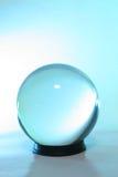 Luz azul em uma esfera de cristal Imagem de Stock Royalty Free