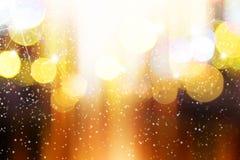 Luz borrosa extracto con el fondo de la nieve Foto de archivo libre de regalías