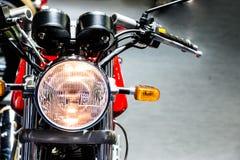 Luz clásica de la cabeza de la motocicleta del vintage Fotografía de archivo libre de regalías