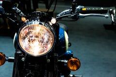 Luz clásica de la cabeza de la motocicleta del vintage Imágenes de archivo libres de regalías