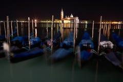 A luz da exposição longa de Veneza na noite. fotos de stock royalty free