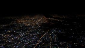 luz da vista 4K aérea das casas e estradas da cidade de Shanghai Vista superior na noite filme