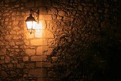 Luz de calle pasada de moda Imágenes de archivo libres de regalías