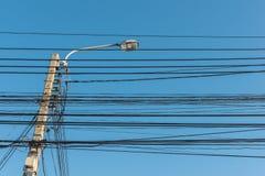 luz de calle, polo eléctrico del proyector Foto de archivo libre de regalías