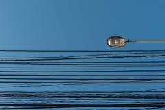 luz de calle, polo eléctrico del proyector Foto de archivo