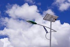 Luz de calle solar Fotografía de archivo libre de regalías