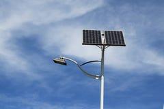 Luz de calle solar Fotografía de archivo