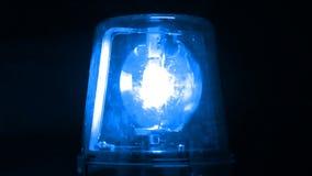 Luz de emergencia que destella azul almacen de video
