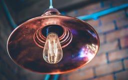 Luz de iluminación colgante de la lámpara del techo imágenes de archivo libres de regalías