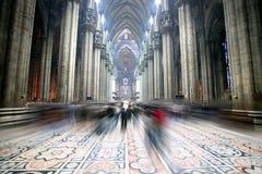 Luz de la catedral de Domo, visión interior Foto de archivo