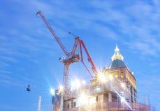 Luz de la construcción y del crepúsculo imagen de archivo libre de regalías