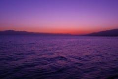 Luz de la mañana del lago Sayram Imagen de archivo libre de regalías