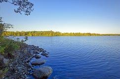 Luz de la madrugada en país de la canoa Imagen de archivo libre de regalías
