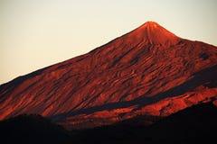 Luz de la puesta del sol sobre el parque nacional de Teide Fotografía de archivo