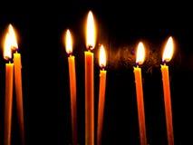Luz de la vela en iglesia Fotografía de archivo