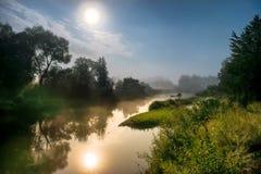 Luz de lua na noite sobre o rio Foto de Stock Royalty Free