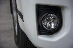Luz de niebla moderna del coche foto de archivo libre de regalías