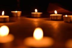 Luz de una vela Imágenes de archivo libres de regalías