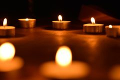 Luz de vela Imagens de Stock Royalty Free