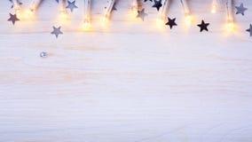 Luz del árbol de navidad del arte; Fondo de la Navidad Fotografía de archivo libre de regalías