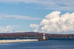Luz del puerto de Petoskey fotos de archivo