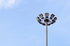 Luz del punto y cielo azul foto de archivo