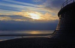 Luz del sol de la mañana en la playa de Filey Imágenes de archivo libres de regalías