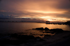 Luz del sol en el sichang Tailandia Imagen de archivo