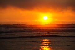 Luz del sol en la playa de Kalaloch fotografía de archivo libre de regalías