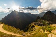 Luz del sol en Machu Picchu desde arriba, Perú Fotos de archivo