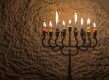 Luz do brilho das velas imagens de stock