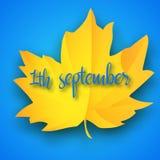 Luz do outono de primeiro setembro - fundo azul Folha de bordo amarela brilhante do outono Ilustração do vetor Boa vinda de volta Imagem de Stock