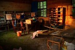 A luz do sol desliza no armário de vassoura rural Imagem de Stock Royalty Free