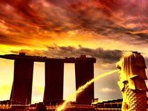 Luz dourada na manhã no parque de Singapura Marina Bay Merlion Foto de Stock Royalty Free