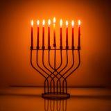 Luz e sombra do Hanukkah de Menorah Imagem de Stock