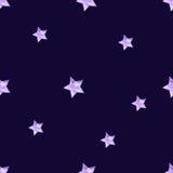 Luz - estrelas estilizados violetas no fundo escuro Foto de Stock