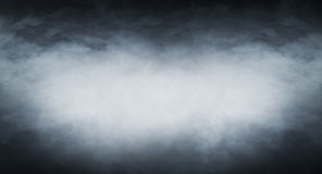 Luz - fumo azul em um fundo preto Fotos de Stock
