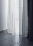 Luz macia das cortinas finas Imagem de Stock