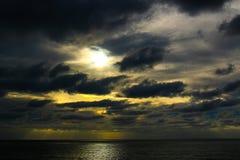 A luz a mais escura Fotos de Stock Royalty Free