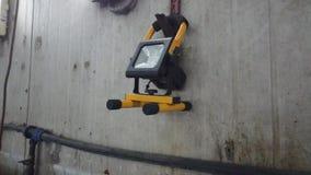 Luz moderna no depósito video estoque
