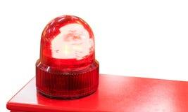 Luz roja de la sirena aislada en blanco imagen de archivo