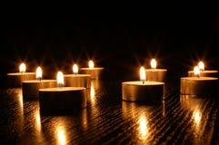 Luz romântica da vela Fotos de Stock Royalty Free