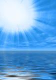 Luz santamente na água calma Imagem de Stock Royalty Free
