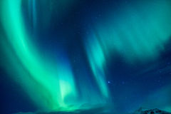 Luz septentrional hermosa Fotos de archivo libres de regalías
